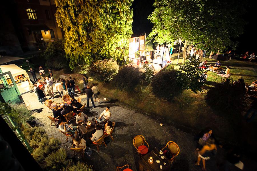 foto di un evento di Zero Gravità a Villa Cernigliaro - Serra dei leoni